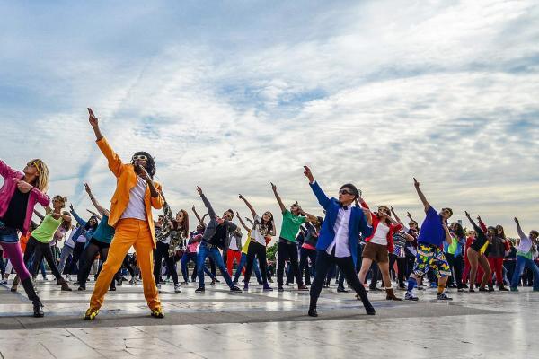 De leukste activiteit met de flashmob workshop i n Vlaanderen!